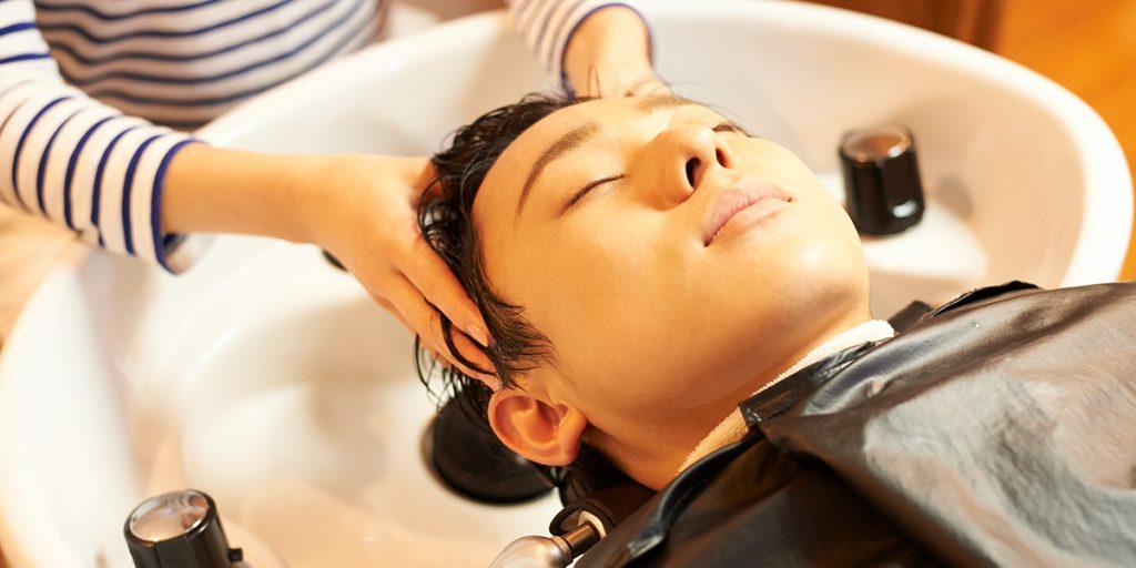 男性にもおすすめのヘッドスパの効果!床屋でも利用できる?